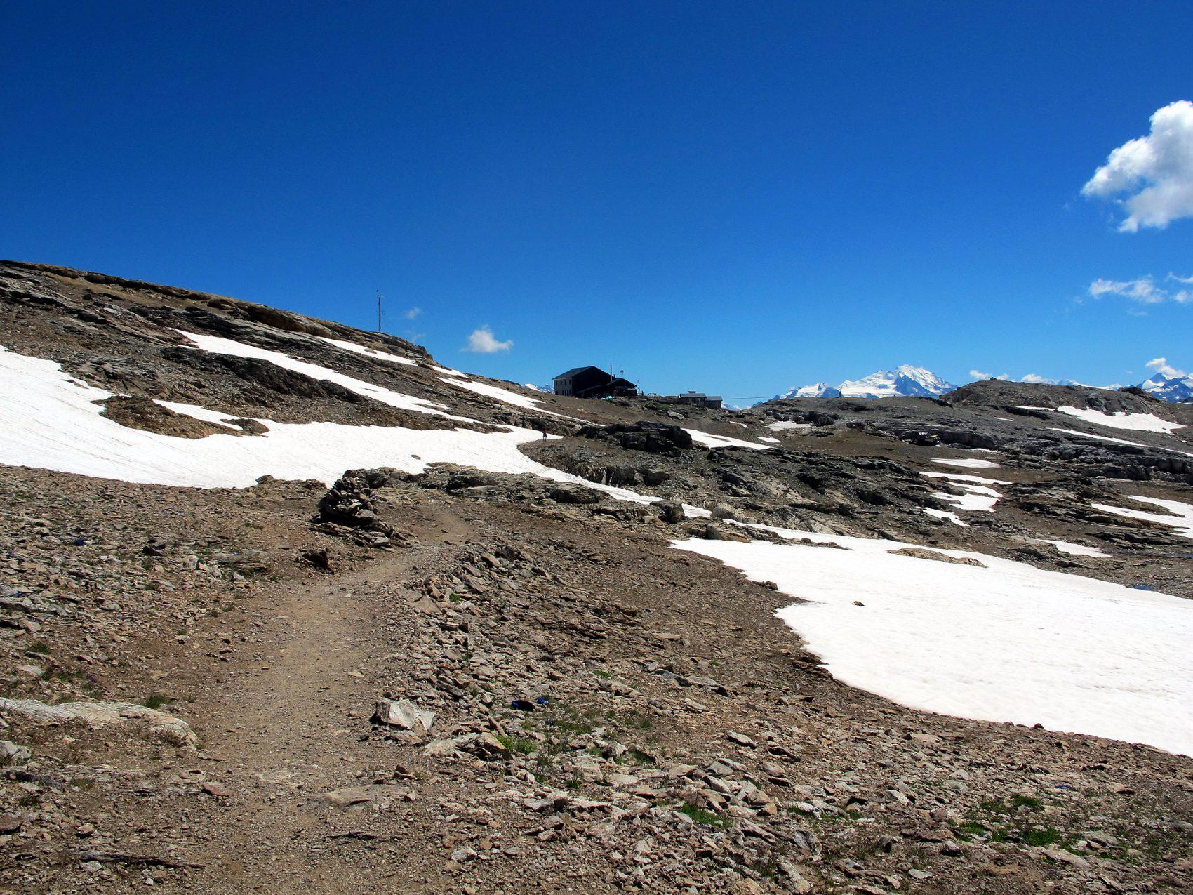 IMG_3891.jpg Lötschenpasshütte